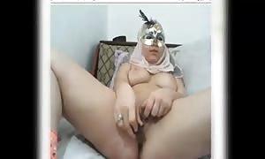 hijab lady faps on cam
