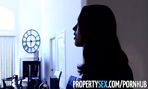 PropertySex - inspired real estate agent abuses her pussy to land customer