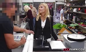 blond babe is the best possible sucking employee ever