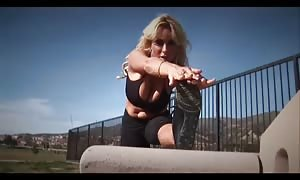 hot big-boobed workout mother!