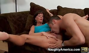 attractive hot mom Sarah Bricks feels so great on the cock!
