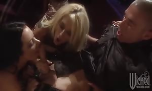 porno star groupsex party