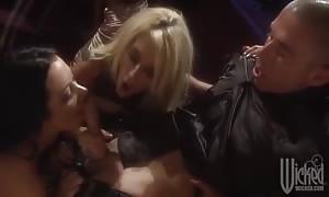 porno star groupsex party