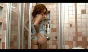 Avina Maturbates In The shower