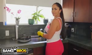 BANGBROS - horny latina mom servant Marta La Croft Gargles On humungous dick