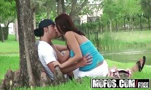 MOFOS - Alexis Grace pounds her boyfriend out in a public park