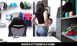 ShoplyterMylf- hispanic girl mom I would like to fuck