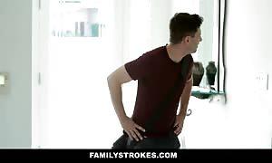 FamilyStrokes - mommy