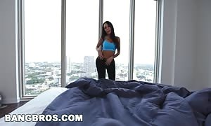 BANGBROS - sexy mother I'd like to fuck Lela celebrity fucks Step Son Before Gym in POV