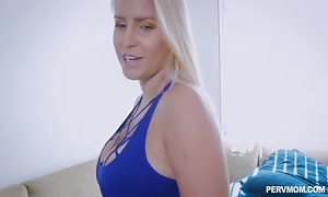 Pervmom - sexy blond step-parent (Vanessa Cage) desires Help With stretching Her bootie