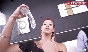 Her prohibit - turned on anal liking hotty Veronica Leal gets Her bootie boned