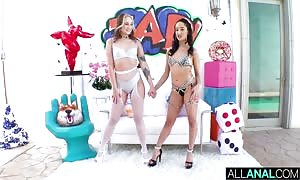 ALL anal-sex Gwen Vicious and Isabella Nice's insane butt sex celebration